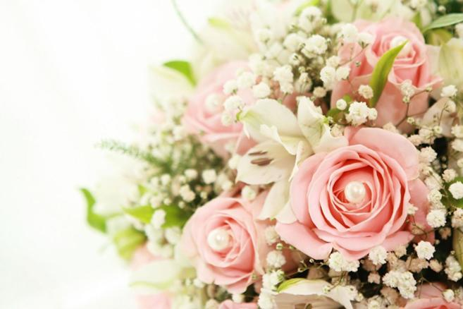 roses-bouquet-backgrounds-your-choice